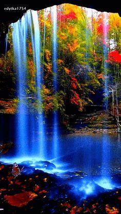 Very beautiful gif Beautiful Nature Wallpaper, Beautiful Gif, Beautiful Landscapes, Beautiful World, Beautiful Places, Amazing Places, Gif Bonito, Animation, Beautiful Waterfalls