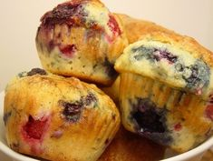 A muffin recipe very easy! Muffin Tin Recipes, Waffle Recipes, Fruit Recipes, Baking Recipes, Sweet Recipes, Dessert Recipes, Fruit Muffin Recipe, Recipies, Fruit Cookies