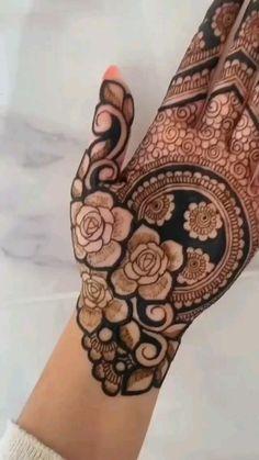 Mehndi Designs Front Hand, Floral Henna Designs, Latest Bridal Mehndi Designs, Full Hand Mehndi Designs, Henna Art Designs, Mehndi Designs For Beginners, Mehndi Design Photos, Wedding Mehndi Designs, Mehndi Designs For Fingers