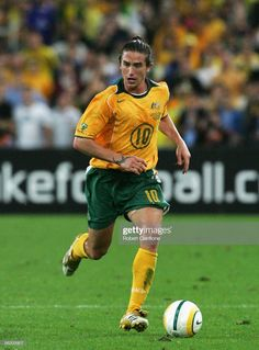 Harry Kewell Soccer Pics, Soccer Pictures, Legends, Football, Running, Sports, About Football, Love Of My Life, Football Pics