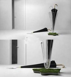 Green umbrella stand