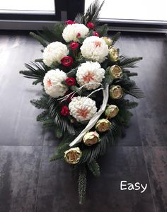 Funeral Flower Arrangements, Funeral Flowers, Floral Arrangements, Cemetery Flowers, Funeral Memorial, Altar Decorations, Merry Christmas And Happy New Year, Ikebana, Christmas Wreaths