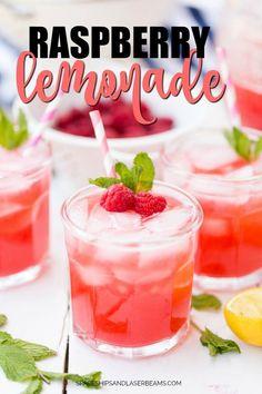 Three glasses of raspberry lemonade Raspberry Lemonade Cake, Easy Lemonade Recipe, Green Tea Lemonade, Homemade Lemonade, Fresh Strawberry Recipes, Drinks Alcohol Recipes, Drink Recipes, Chocolate Ice Cream, Summer Drinks