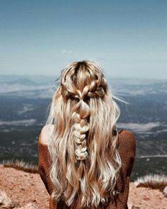 boho blonde hair braids, half up half down braids summer blonde hair Messy Hairstyles, Pretty Hairstyles, Wedding Hairstyles, Hairstyle Braid, Beach Hairstyles, Holiday Hairstyles, Baddie Hairstyles, Summer Blonde Hair, Good Hair Day