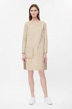COS | Boxy pocket dress