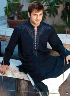 Stylish mens kurta.