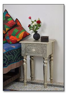 Embossed Bedside Table Http://www.irisfurnishing.com/White Metal