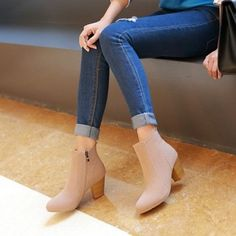 Heels:Approx 6.5 cm Platform:Approx - cm Shaft:Approx 10 cm Round:Approx 25 cm Color:Black, Beige, Green Size:US 3, 4, 5, 6, 7, 8, 9, 10, 11, 12 (All Measurement In Cm And Please Note 1cm=0.39inch) No