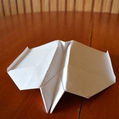 samolot z papieru - więcej na www.mama-m.pl