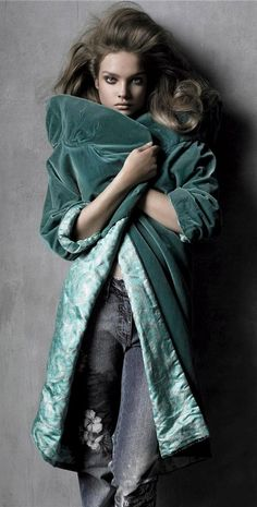 Vogue italia, does Velvet                                Takes my breath away.... ^.^) \