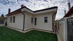 Proiect Casa Rezidentiala Bacau 2 – Profile Decorative Home Fashion, Garage Doors, Shed, Outdoor Structures, Mansions, House Styles, Interior, Outdoor Decor, Design