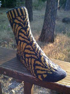 Ravelry: NotSo Nouveau pattern by Heatherly Walker Knitted Slippers, Knit Socks, Knitting Socks, Hand Knitting, Knitting Charts, Knitting Patterns Free, Lots Of Socks, Work Socks, How To Start Knitting