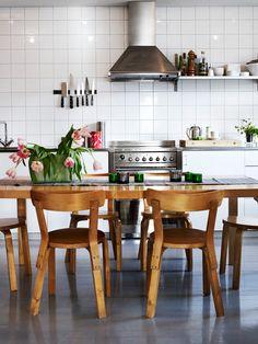 J. Ingerstedt - Interior photography Lovely dining room set