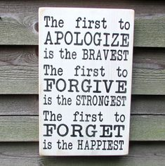country home decor, inspirational sign, first to apoligize is the bravest, family rules, primitive country decor, rustic decor, hand painted #HomeDecorIdeas #Creativedecor