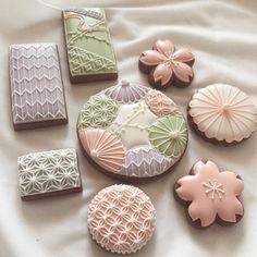 Peach & Green Mother's Day Cookies, Tea Cookies, Fancy Cookies, Flower Cookies, Valentine Cookies, Cupcake Cookies, Sugar Cookies, Sugar Cookie Icing, Cookie Frosting