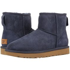UGG Classic Mini II (Navy) Women's Boots (3.975 UYU) ❤ liked on Polyvore featuring shoes, ankle boots, bootie boots, navy ankle boots, low heel ankle boots, short heel boots and platform ankle boots