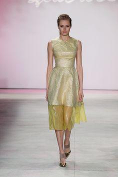 Megan Irminger in Lela Rose Spring 2016 Ready-to-Wear Fashion Show