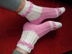 Villasukat: Villasukat Mitten Gloves, Mittens, Fingerless Gloves, Arm Warmers, Slippers, Crochet, Pattern, Blog, Fashion