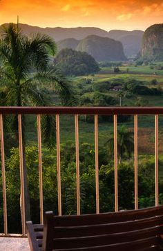 Pinar del Rio, Cuba Vinales valley in Pinar del Rio from lookout ❤ Reiseausrüstung mit Charakter gibt's auf vamadu.de