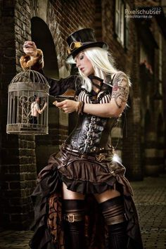 It says a bit about the dredge of modern photography that this is the only recent image (from a board on Steampunk) that has made me look twice or smile.  If I were a gal, I'd want to be like this.
