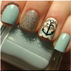 A simple anchor on chevron with glitter combo
