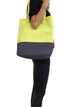 Premium Neoprene Tote Bag with Insulating Cooler Effect