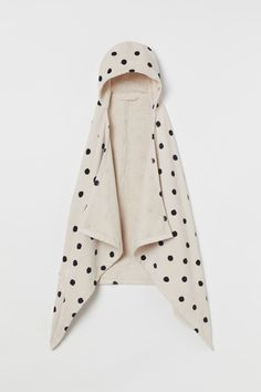 Hooded Bath Towel - Light beige/black dotted - Home All   H&M US Sustainability Kids, World Of Fashion, Kids Fashion, Hooded Bath Towels, Concept Shop, H & M Home, White Towels, Cozy Bed, Black Spot