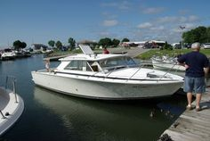 1976 Bertram 28 Hardtop Power New and Used Boats for Sale -
