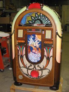 Coin op Wurlitzer peacock design jukebox - beautiful!
