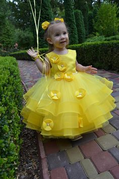 Yellow baby dress birthday Luxury toddler dress Dresses for girls Kids Dress Wear, Kids Gown, African Dresses For Kids, Dresses Kids Girl, Toddler Dress, Baby Dress, 1st Birthday Girl Dress, Baby Frock Pattern, Kids Blouse Designs