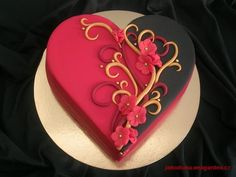 Red and black heart cake - For all your cake decorating supplies, please visit… Heart Shaped Birthday Cake, Heart Shaped Cakes, Heart Cakes, Birthday Cakes, Happy Birthday, Gold Birthday, Gorgeous Cakes, Pretty Cakes, Cute Cakes