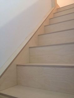 lacquered birch plywood I really like the wall rail Plywood Cabinets, Plywood Walls, Plywood Interior, Interior Stairs, Loft Stairs, House Stairs, Balustrades, Basement Inspiration, Barn Renovation