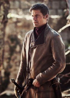 Jamie should be a repulsive character; he is so morally bankrupt. But, Nikolaj Coster-Waldau (I had to look that up 3X, and I still don't think I spelled it right.) brings so much complexity to the character. And, he is SO beautiful! Now that he's back in King's Landing and clean-shaven, I sometimes have to look away because he is so handsome.
