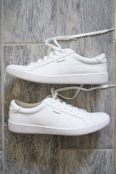2d7c09cfc7367 Leather White Keds White Shoes Outfit