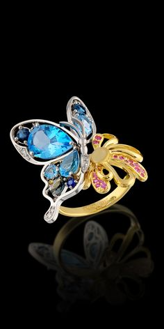 Master Exclusive Jewellery - Collection - World of insects White gold,blue topaz,sapphires