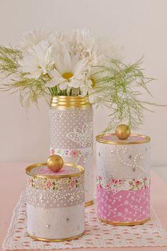 Frascos y latas decoradas