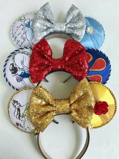 Three different options: Cinderella inspired ears Belle inspired ears Snow White Inspired ❤️Fits most sizes❤️ week turnaround ❤️ Save by purchasing from LEBOWNITTE. Disney Ears Headband, Diy Disney Ears, Disney Minnie Mouse Ears, Disney Headbands, Disney Diy, Disney Crafts, Ear Headbands, Cute Disney, Disney Style