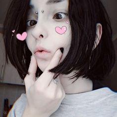 Aesthetic People, Goth Aesthetic, Chica Alien, Cute Emo, Emo Girls, Kawaii Girl, Tumblr Girls, Cute Faces, Cosplay Girls