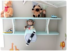 Boys bedroom : nice airplane shelf