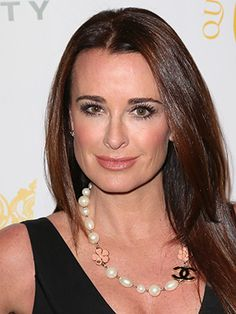 Kyle Richards Talks Wild Facials, Waterproof Mascara, and Her Shiny Hair Secret: Daily Beauty Reporter : Anyone who watches The Real Housewives of Beverly Hills knows there isn't a dry eye in the place. Except maybe one. Kyle Richards, the sassy mom who returns for season five this fall, jumped on the phone with us to...