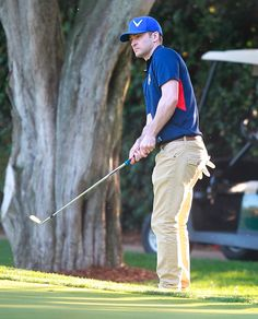 Justin Timberlake Hits the Links For a Round With Kiefer Sutherland at #Lakeside Country Club in Toluca Lake, CA on April 6, 2013 http://celebhotspots.com/hotspot/?hotspotid=6489&next=1