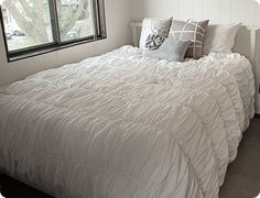 Gathered and ruffled duvet cover how-to - inspired by the Cirrus bedding from Anthropologie