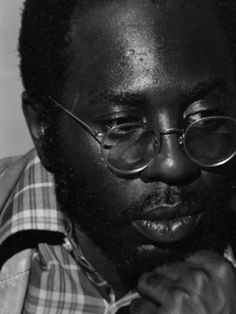 Photographic Print: Poster of Curtis Mayfield - 1973 by Ozier Muhammad : Friedrich Nietzsche, Soul Train Dancers, Jazz Hip Hop, Curtis Mayfield, Cool Jazz, Old School Music, Neo Soul, Guys And Dolls, Jazz Musicians