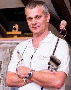 Bart Keutgens Ambachtelijke schilderwerken, marmer- en houtimitaties, vergulden en restauratie van ornamenten. Exclusieve decoratie zoals Trompe- l'oeil en muurschilderingen en dit alles volgens de oude technieken. http://www.handmadeinbelgium.com/keutgensbart/
