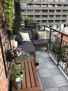 Little balcony Kleiner Balkon Lounge Ikea Äpplarö Small Balcony Design, Small Balcony Garden, Small Balcony Decor, Outdoor Balcony, Backyard Patio, Outdoor Decor, Patio Stone, Flagstone Patio, Concrete Patio