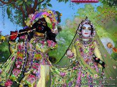 Sri Sri Radha Shyamsundar Close up Wallpaper (002)   Download Wallpaper: http://wallpapers.iskcondesiretree.com/sri-sri-radha-shyamsundar-close-up-iskcon-hungary-wallpaper-002/  Subscribe to Hare Krishna Wallpapers: http://harekrishnawallpapers.com/subscribe/  #Krishna, #RadhaKrishna, #RadhaShyamsundar, #Shyamsundar, #SrimatiRadharani
