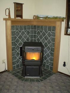 Corner mantel for pellet stove