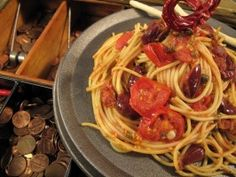 Cooking Channel serves up this Zesty Spaghetti a la Puttanesca recipe from Nadia G. Food Network Recipes, Real Food Recipes, Healthy Recipes, Gf Recipes, Healthy Food, Italian Dishes, Italian Recipes, Italian Pasta, Italian Cooking