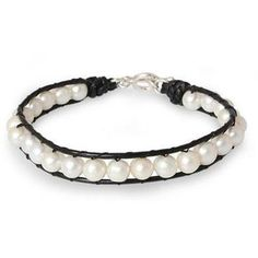 NOVICA Pearl and Leather Bracelet