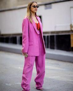 뉴욕 패션 위크 스트리트를 화려하게 장식한 베스트 씬@nyavgjoe @elleusa @elleuk via ELLE KOREA MAGAZINE OFFICIAL INSTAGRAM - Fashion Campaigns Haute Couture Advertising Editorial Photography Magazine Cover Designs Supermodels Runway Models
